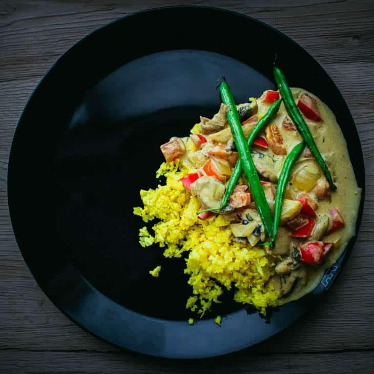 Sieni- curry- kastike