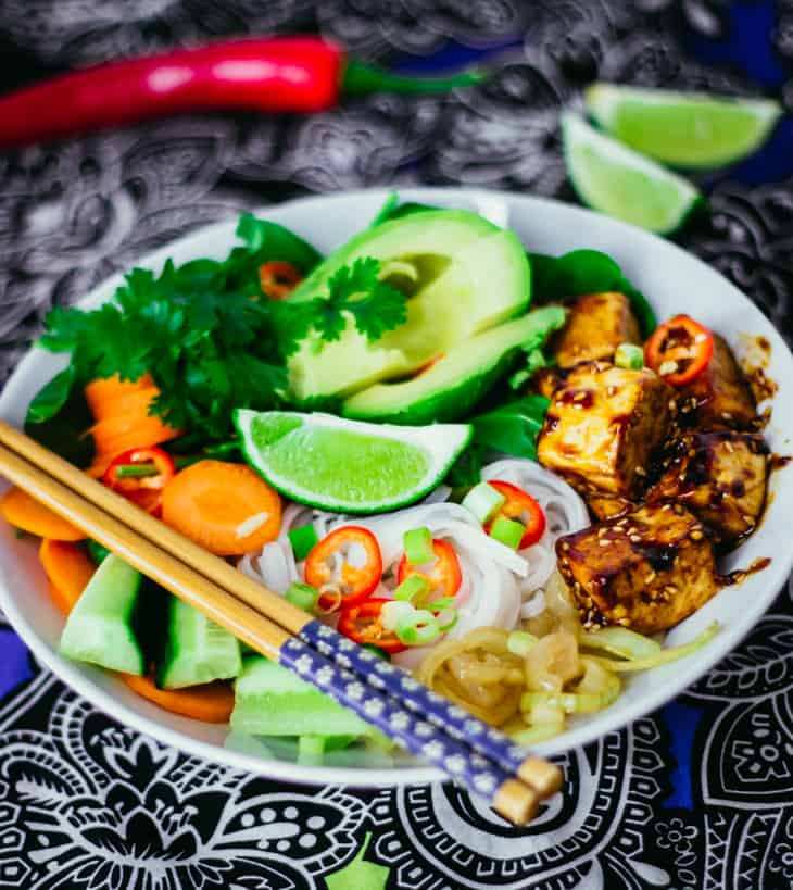 Vietnamilainen tofubowl