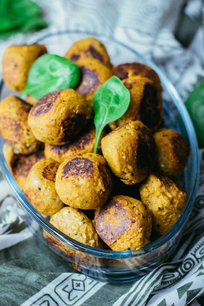 Pinaatti-tofupyörykät
