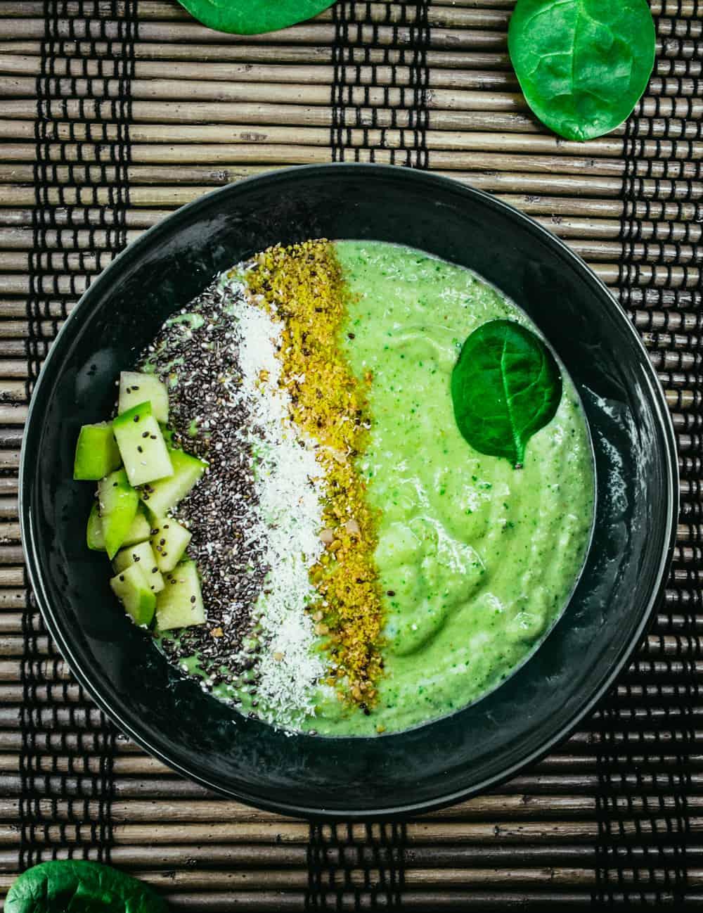 Vihreä aamiaisbowl